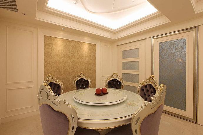165平方米新古典欧式宫廷餐厅装修效果图
