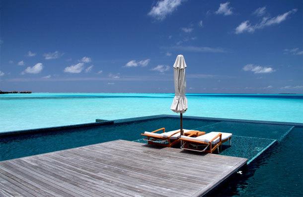 【高端大气海景房】在巴厘岛阿里拉维拉度假村,聆听着海洋微风吹过椰
