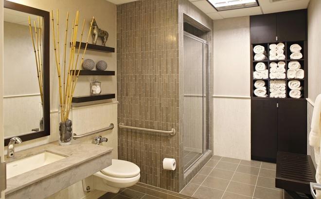 小小的卫生间,总是要收纳很多的东西,比如洗护用品、毛巾、浴巾、吹风机等等,那么在卫生间设计一款漂亮又实用的收纳柜显得尤其重要,今天小编就为大家送上75款非常不错的卫生间收纳柜设计,总有一款适合你家的卫生间哦!